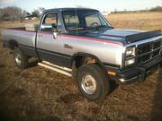Dodge 1993 Dodge Pickups LE