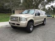 2005 Ford Excursion Limited Sport Utility 4-Door
